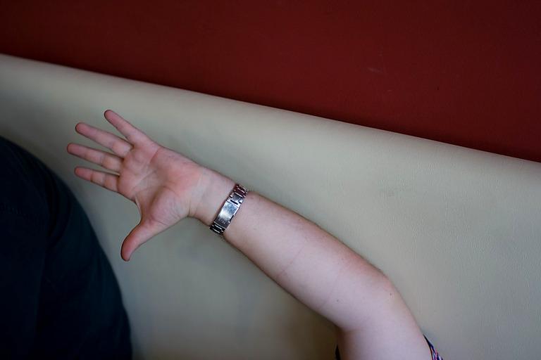 Wheel's hand